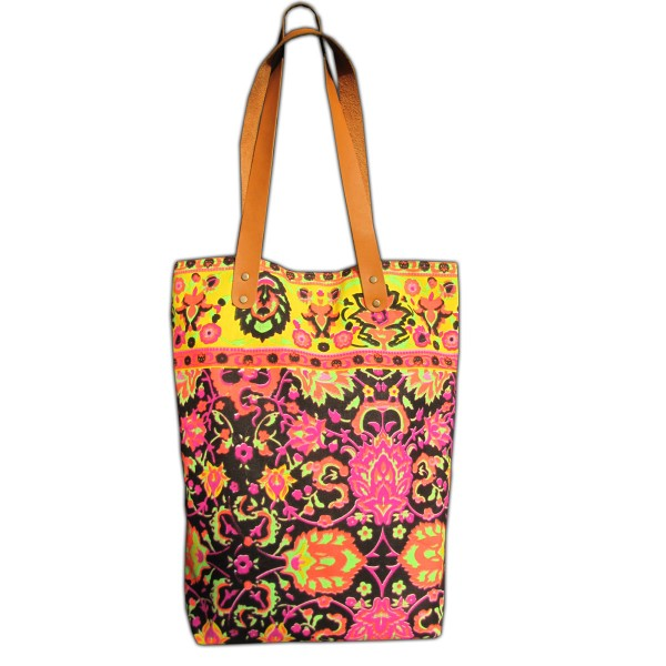 Neon-colored shoulder bag made of sturdy canvas